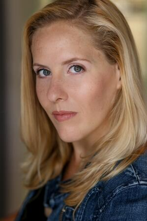Caroline-King-Headshot
